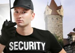 Sicherheitsmitarbeiter mit Security T-Shirt und Funkgerät Titelbild zur Jobanzeige